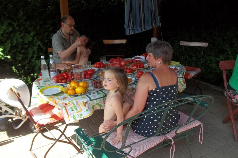 Dirk, Emilie, Conny und Leni