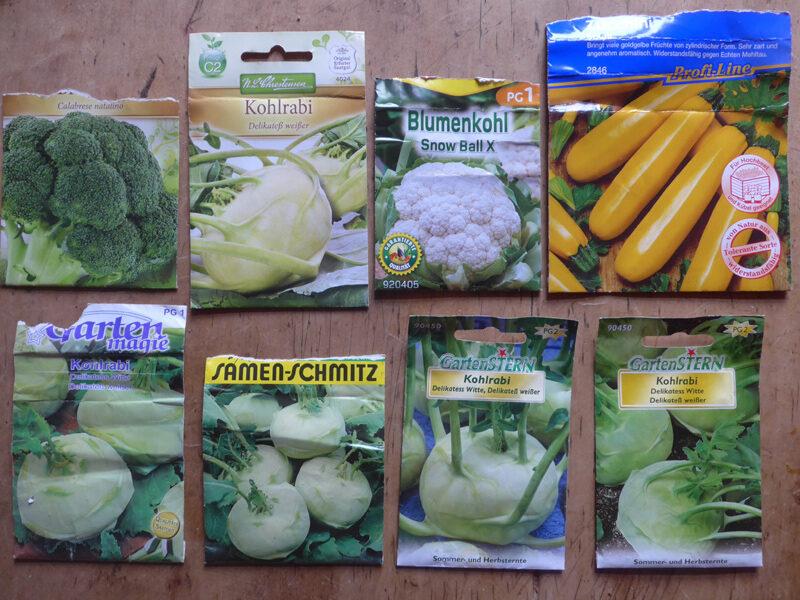 Vorderseite von verschiedenen Saatgut-Tütchen